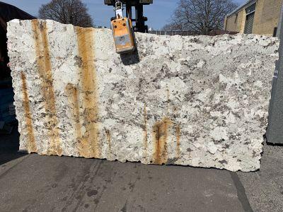 white granite Alaska White 3cm