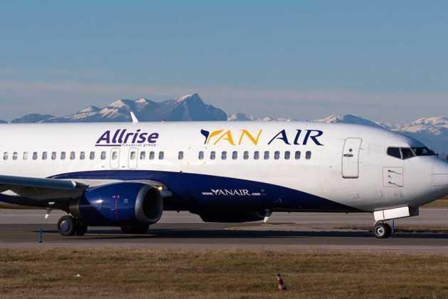 YanAir plane