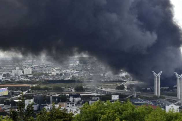 French chemical plant fire