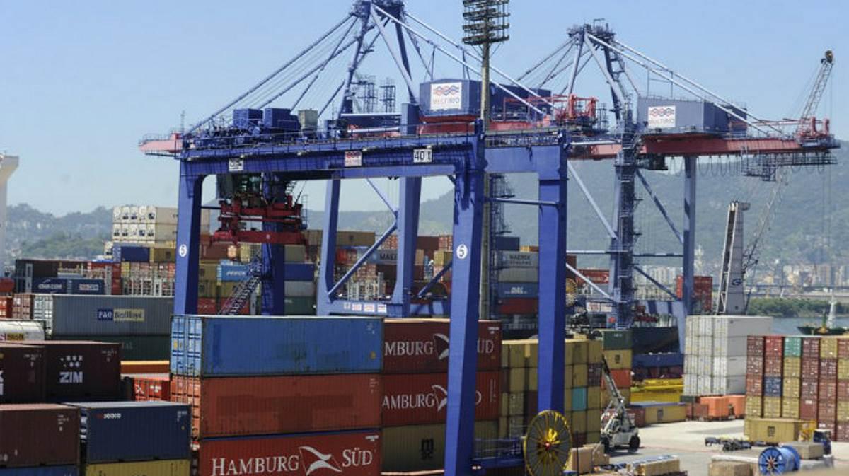 Brazil trade balance