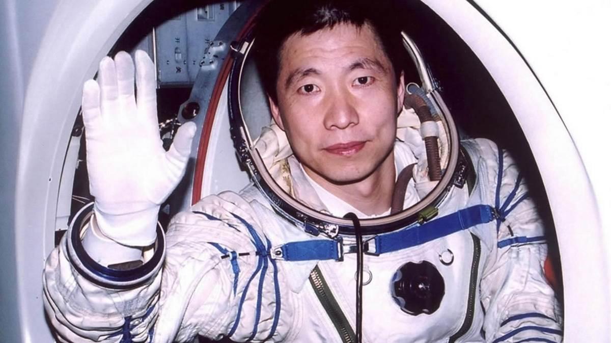 Yang Liwei