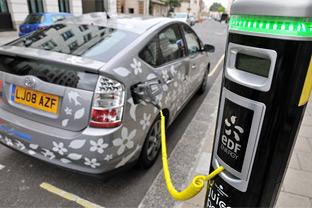 UK hybrid cars