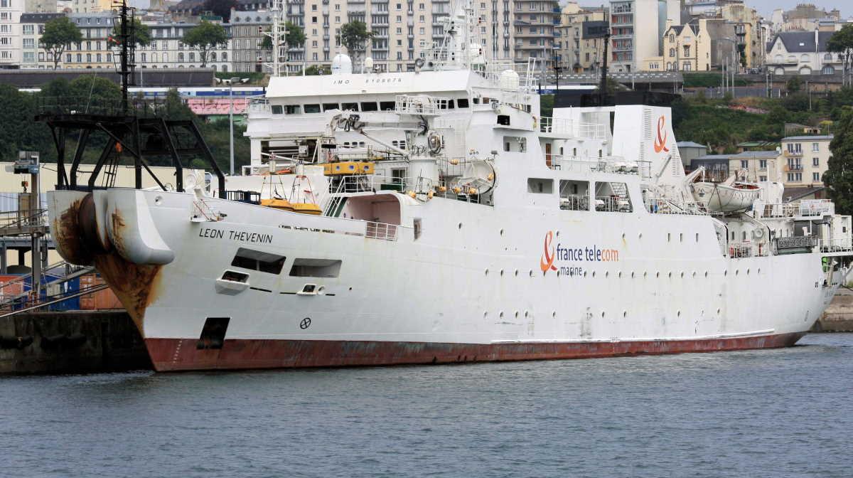 Leon Thevenin cable ship