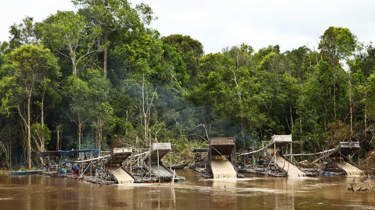 Indonesia illegal mine