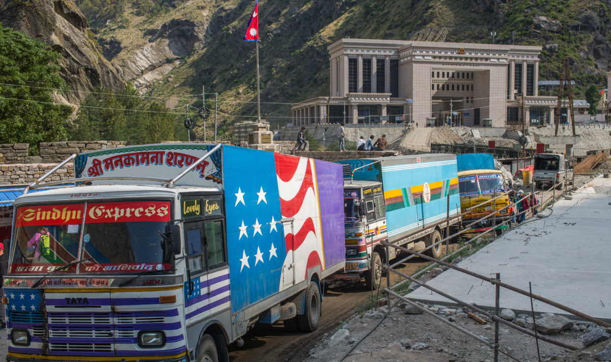 China border trucks