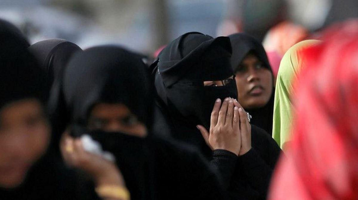 Sri Lankan president bans face covering