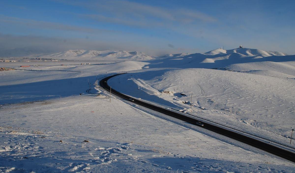 Mongolia road snow