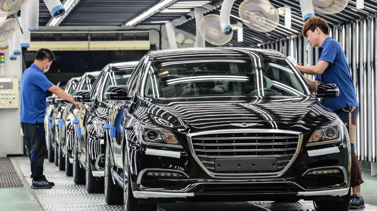 Korea car factory