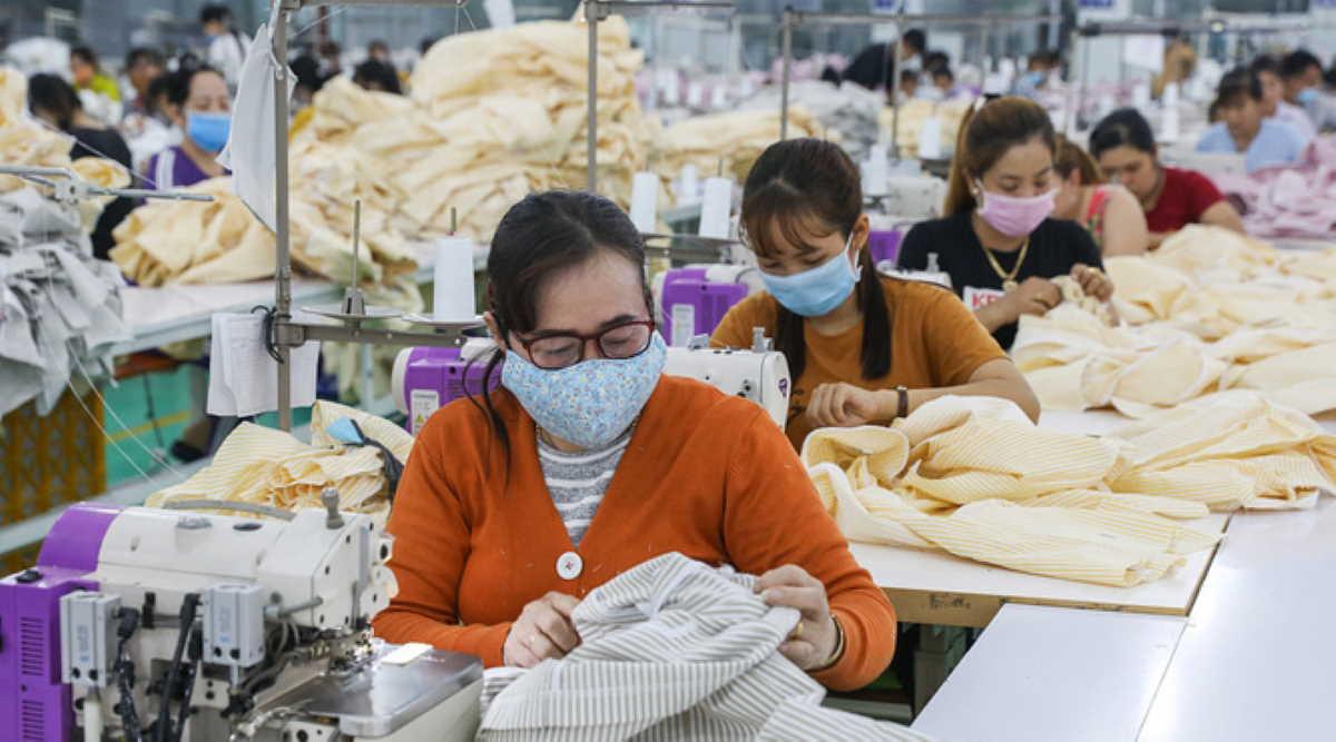 Vietnam garment workers