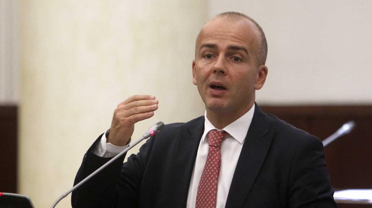 Minister Dragan Tevdovski