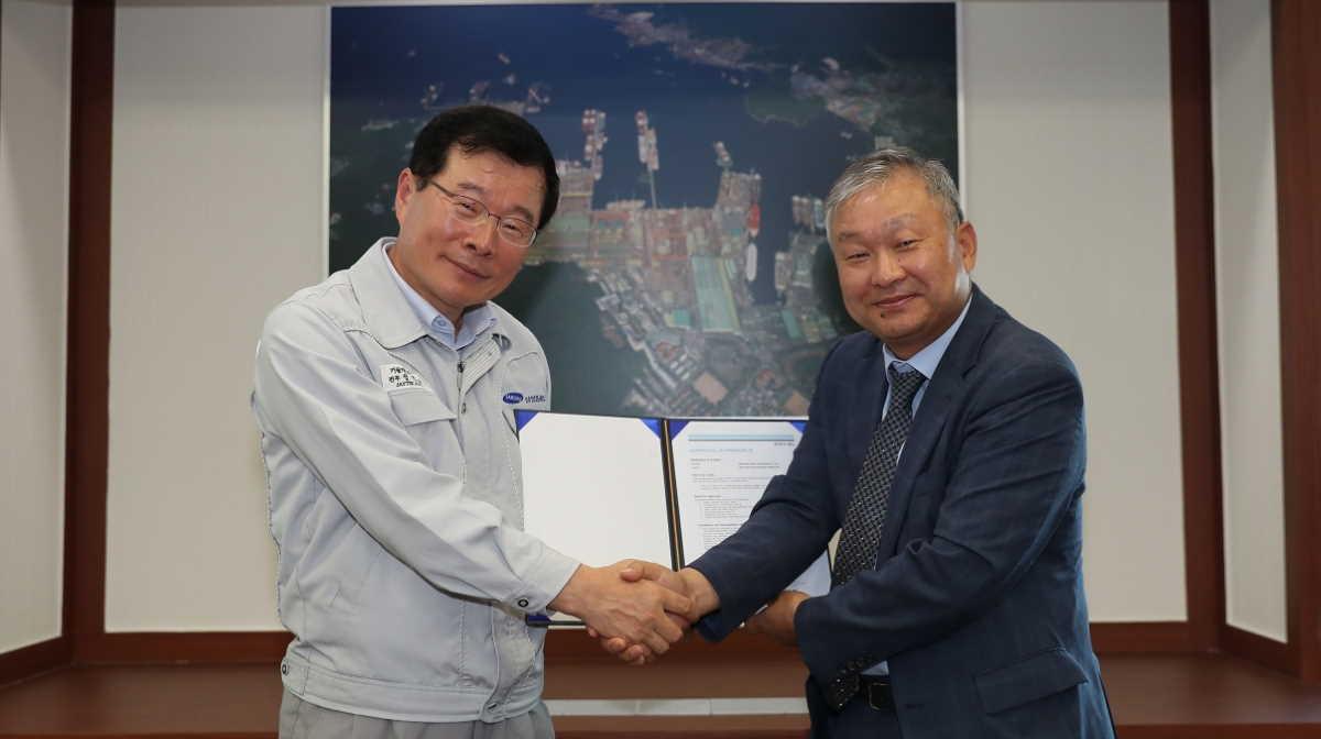 Jung Jin-taek and Lee Hwa-lyong