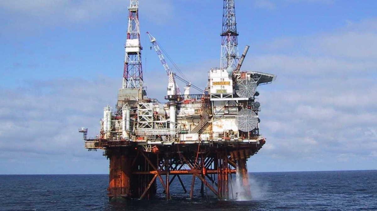 SOCAR offshore stationary platform