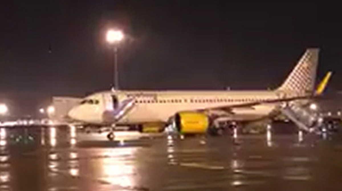 Vueling flight made emergency landing