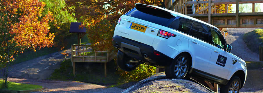 Image result for Eastnor Castle——land rover