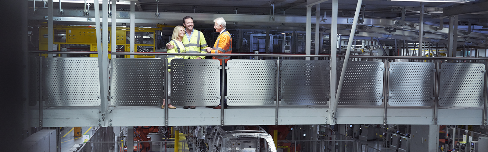 Enjoy our VIP Manufacturing Tour to view your Range Rover being built.<br><br>