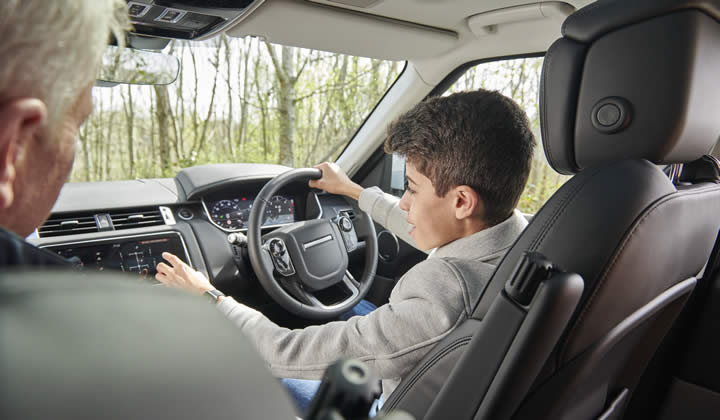 Land Rover Experience - Liverpool Young Off-Roader Experience