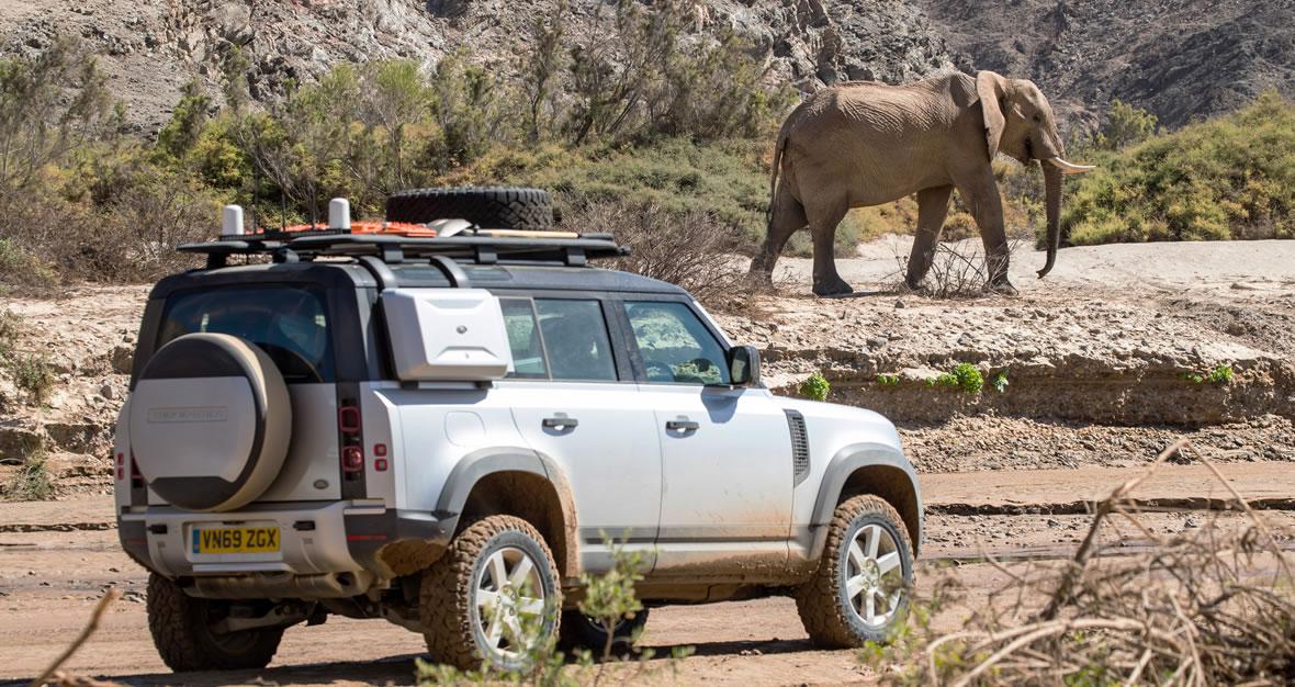 Land Rover Defender adventure in Namibia on safari adventure