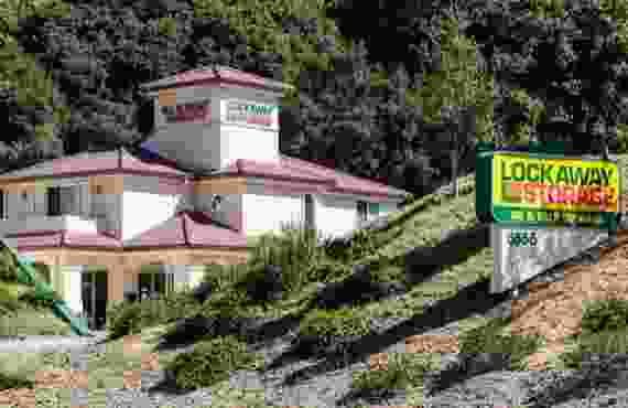 Image Of Front Building In Lockaway Storage Castro Valley - Castro Valley, CA