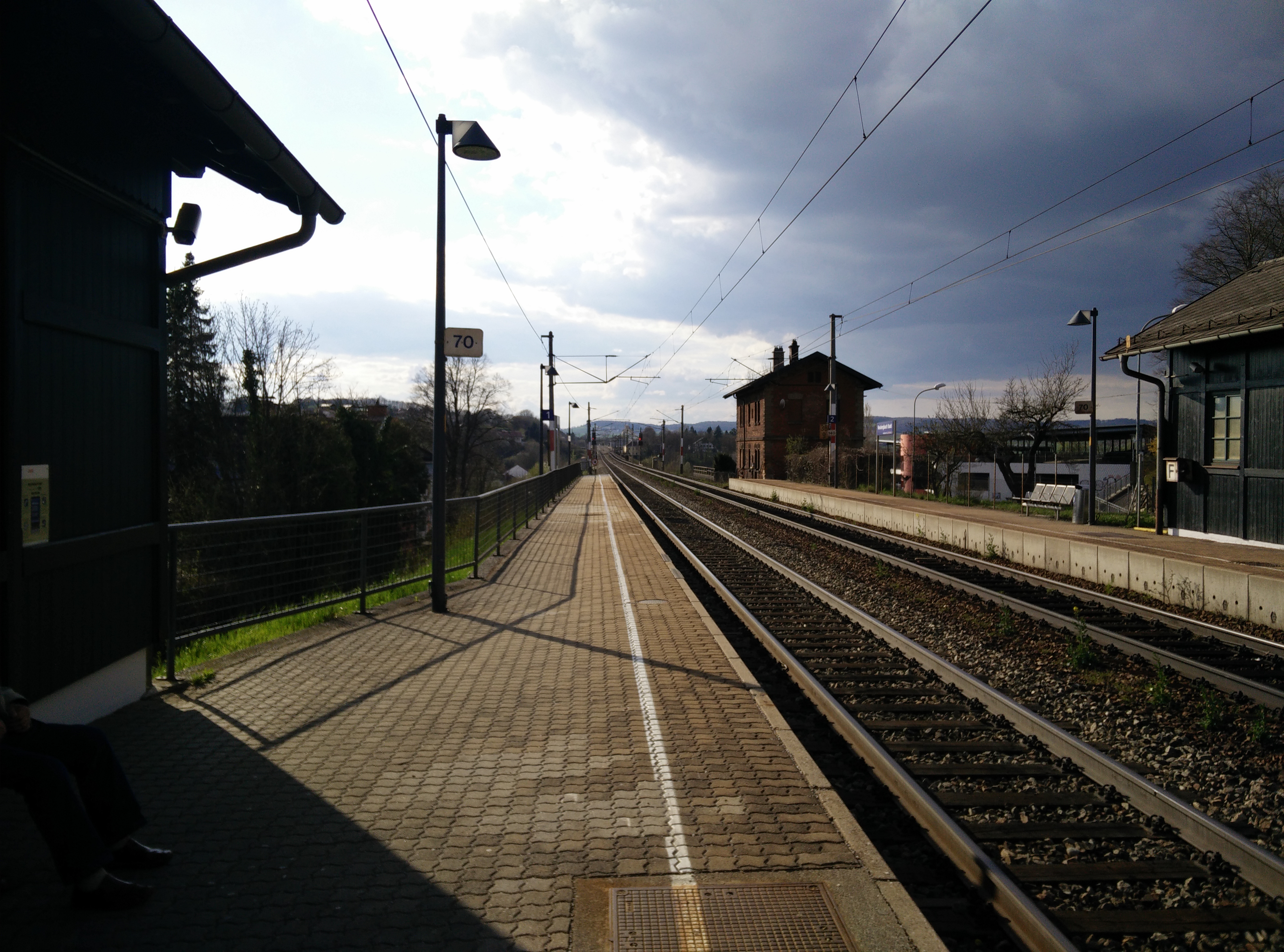A train station in Upper Austria. It, too, would prefer to read interesting short stuff on blogs.