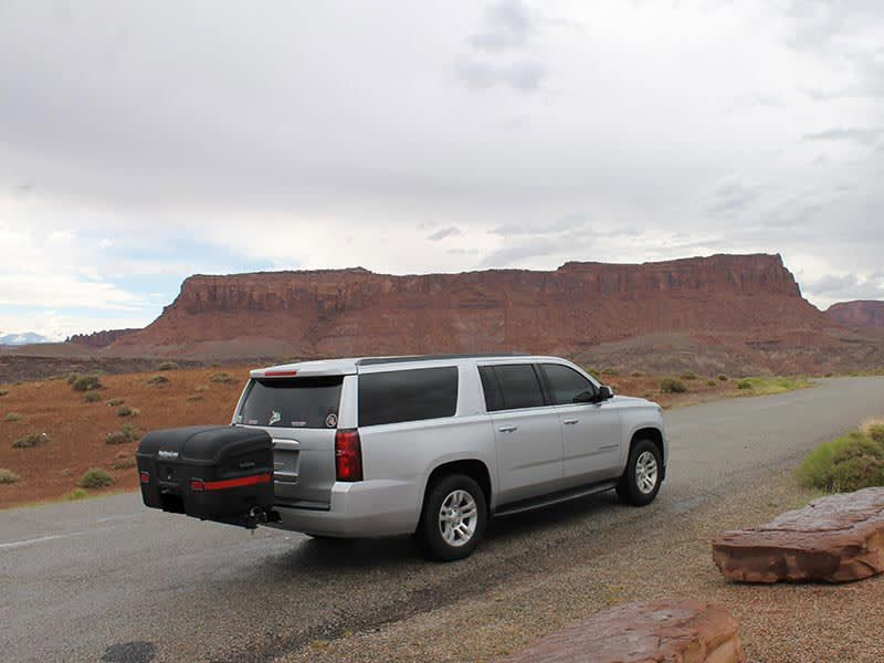 chevy suburban with hitch max cargo carrier
