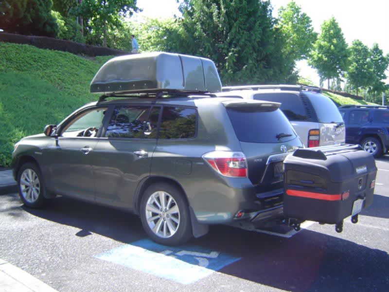 Toyota Highlander with StowAway MAX Cargo Carrier