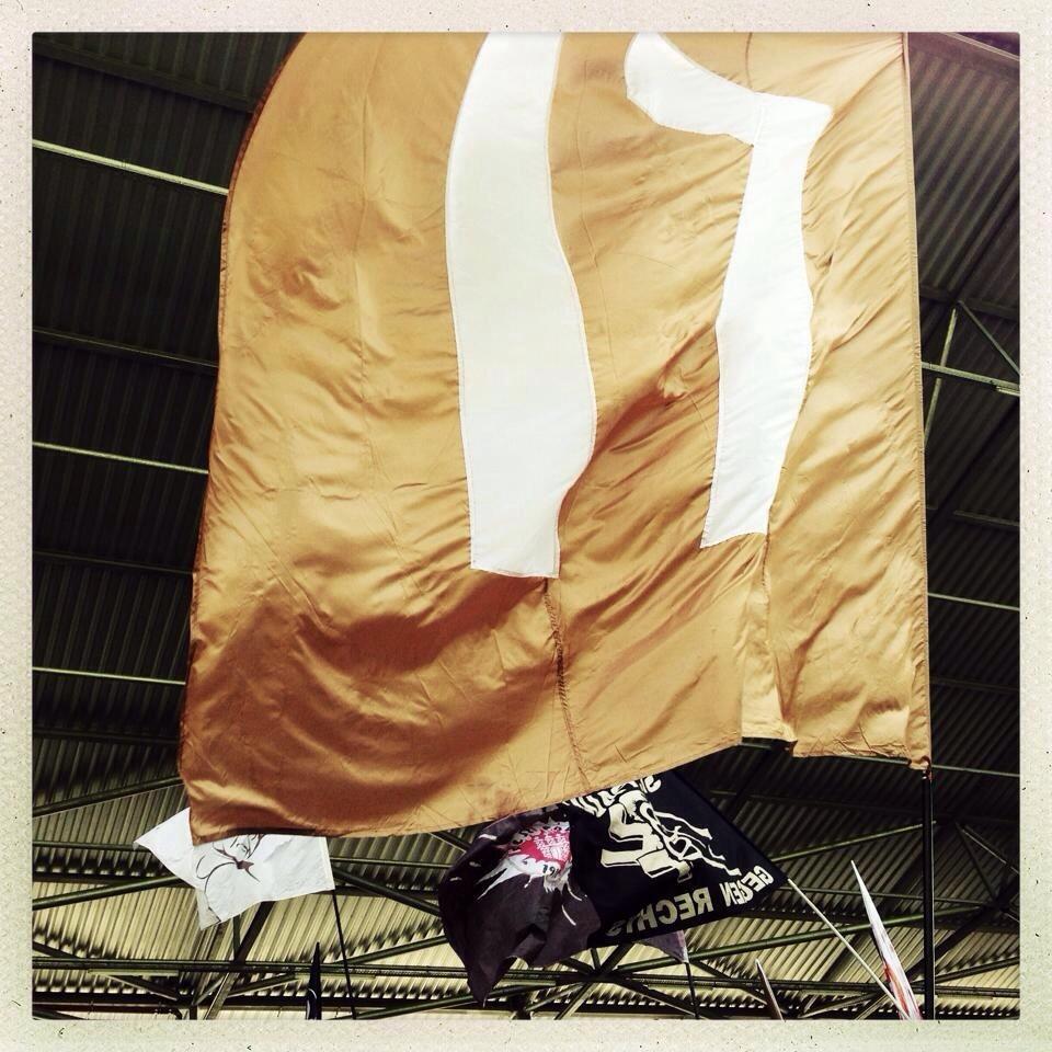 "Flagge ""17"" Gegengerade"