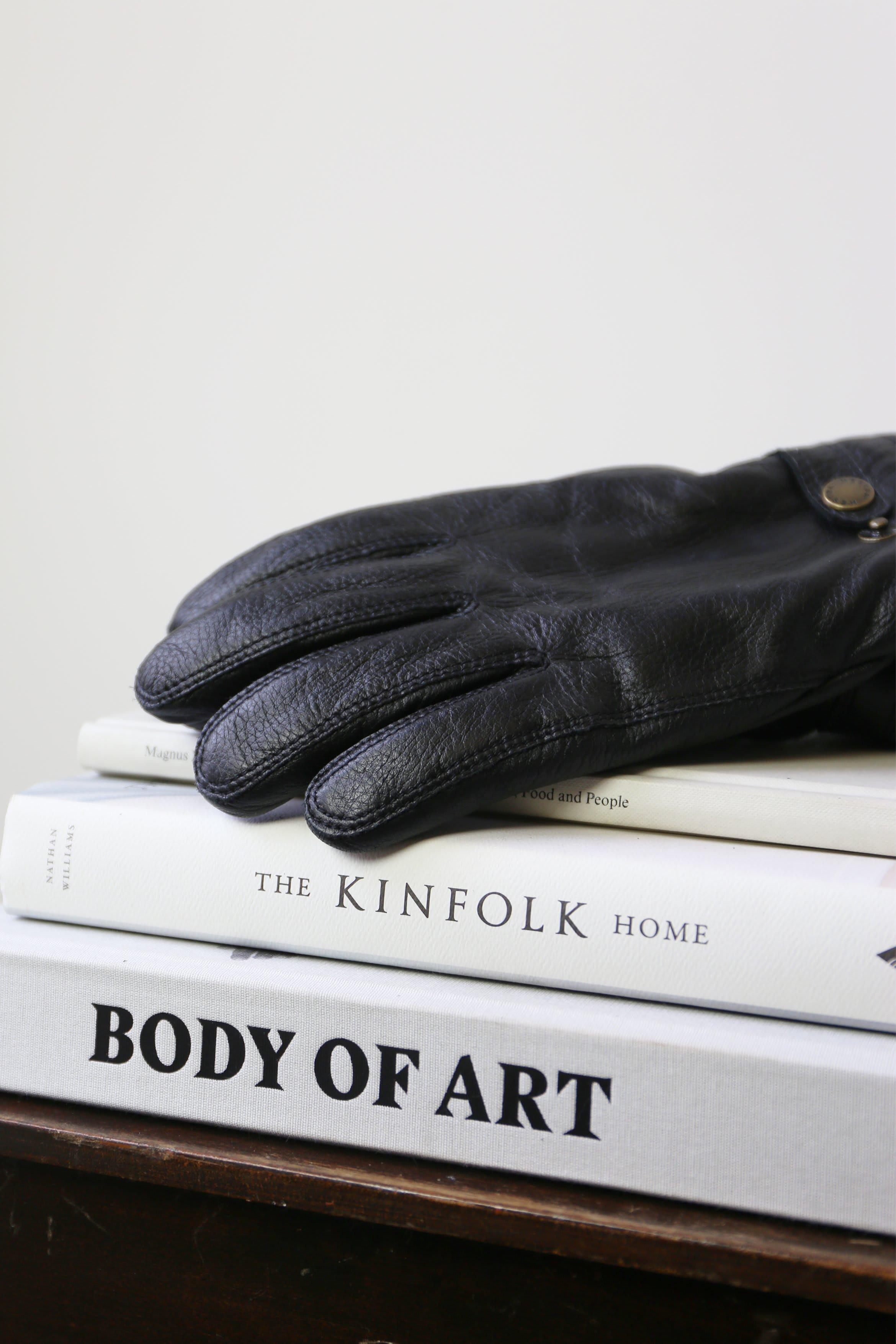 Hestra Mens Utsjo Black Elk Leather Gloves