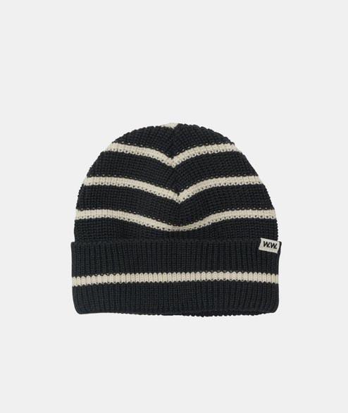 5517cbac Trouva: Hats
