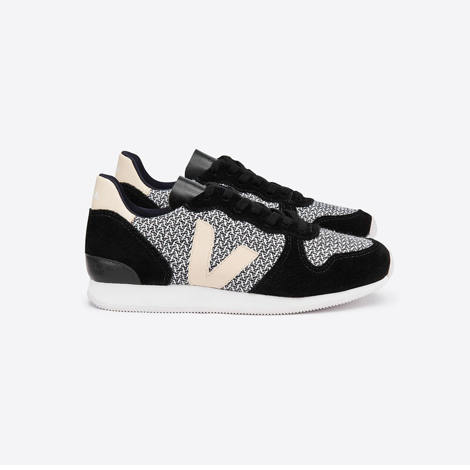 Holiday Black Low Top Trainers