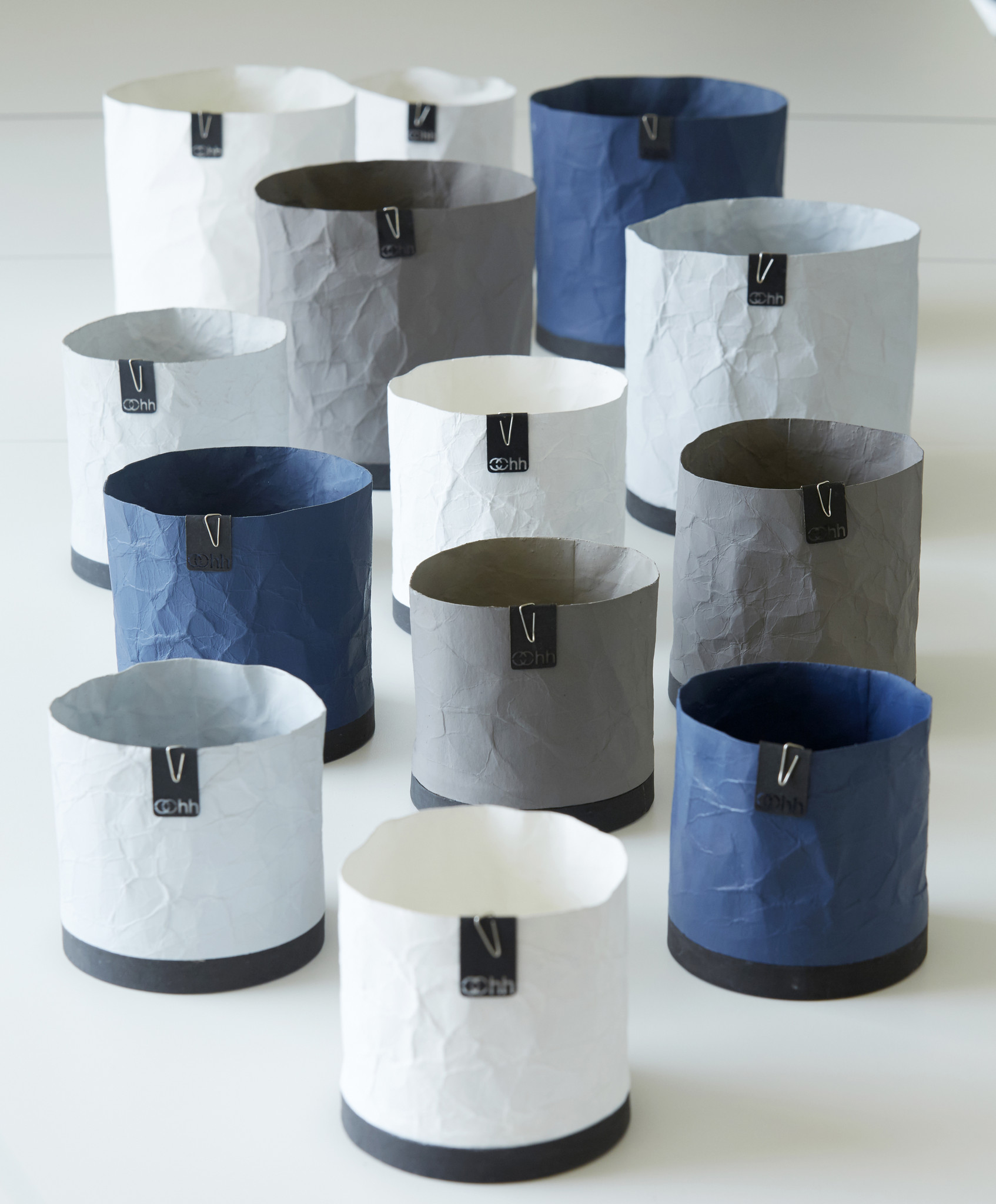 Lubech Living Cement Creased Oohh Plant Pot