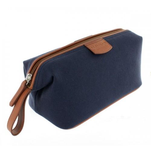 4cc0a3e257cf Trouva  Bags   Purses