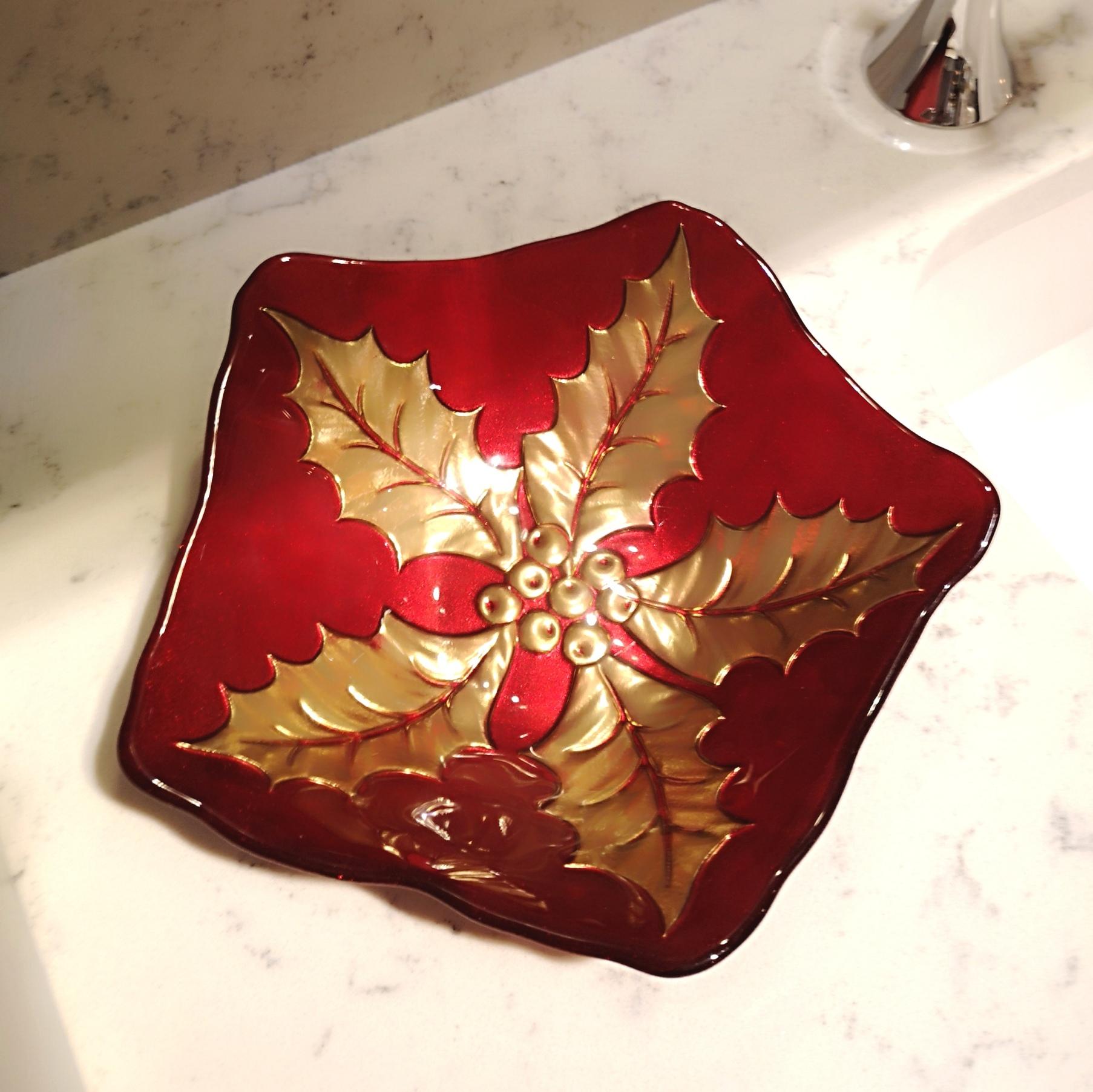 Trouva: Mittlere rote Weihnachtsschüssel Holly Leaf