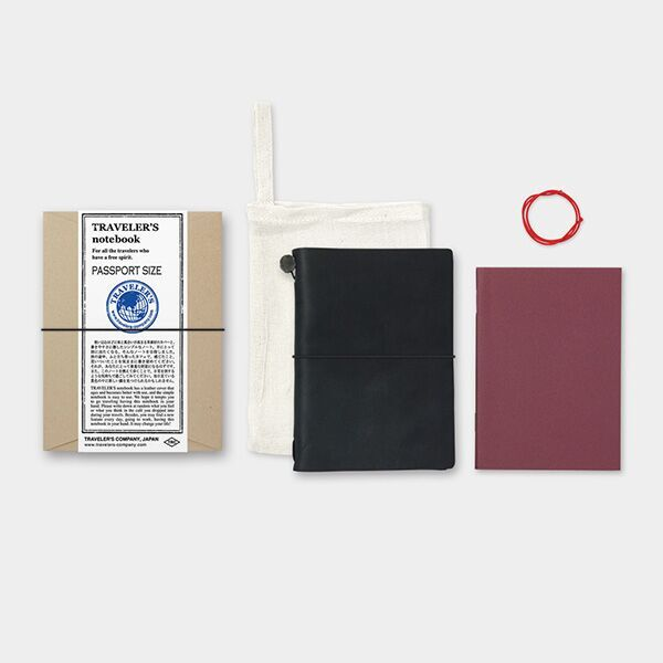 Traveler's Company Traveler's Notebook Black Leather Passport Size