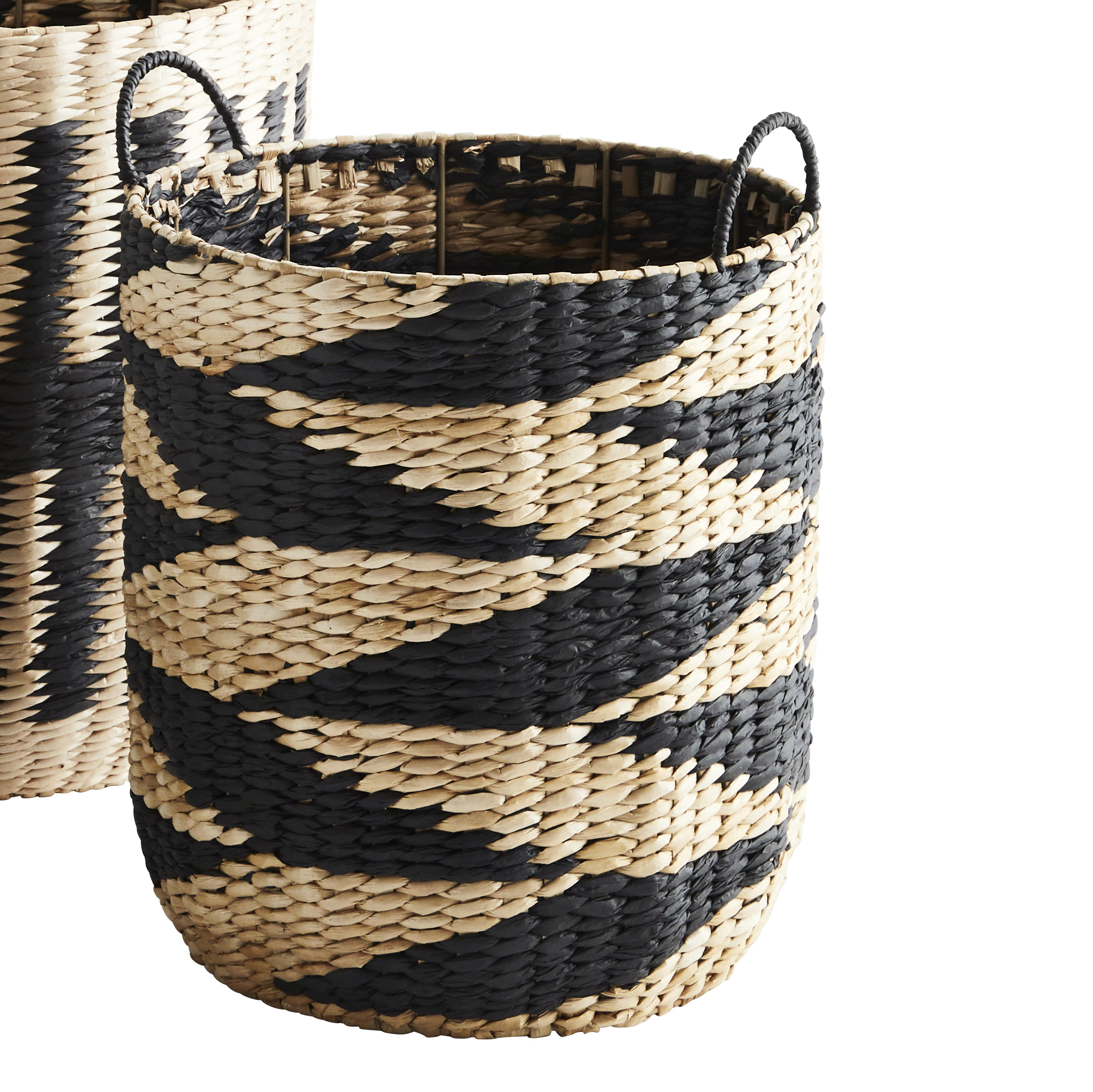 Madam Stoltz Black Medium Patterned Seagrass Basket