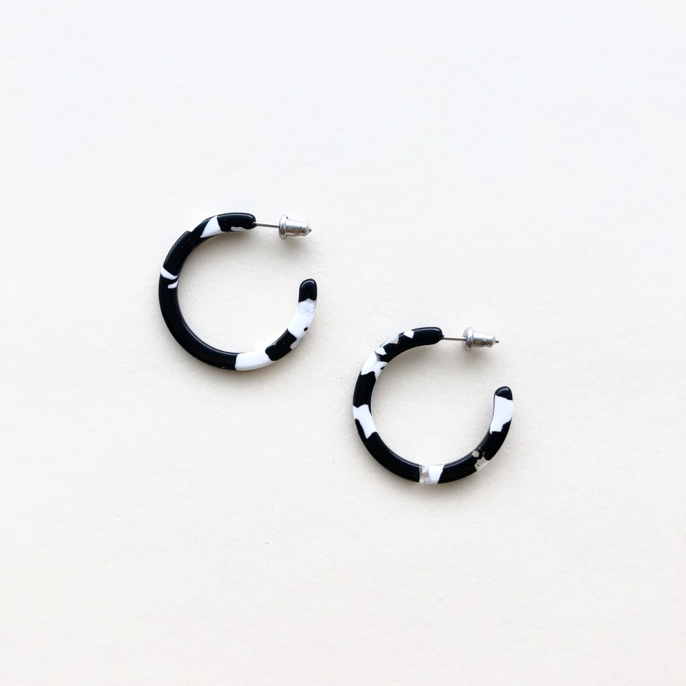 Machete Noir Tortoise Mini Hoops Earrings
