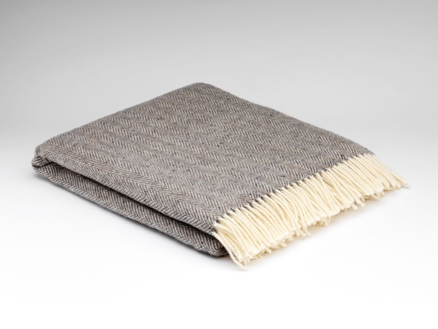 McNutt of Donegal Grey Heritage Cloud HB Throw