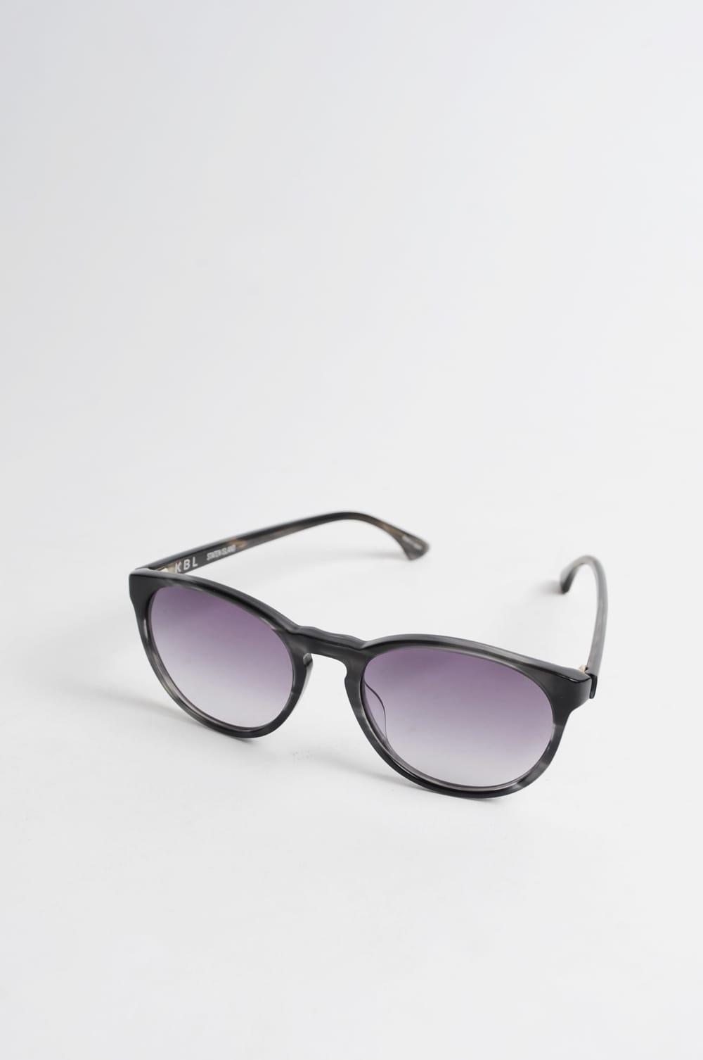 c4dd028d6b Trouva  Staten Island Grey Sunglasses