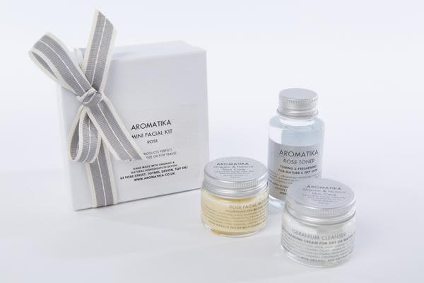 Aromatika Rose Mini Facial Kit