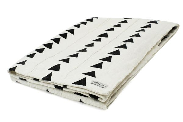 Ondine Ash  White Triangle Mud Cloth Blanket