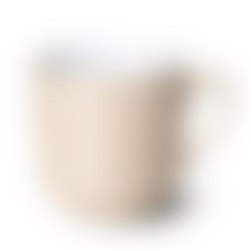 Tasse de couleur unie de blé