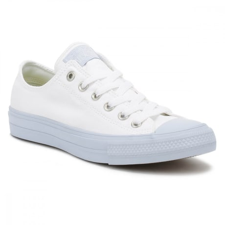 3061ab29faea6f Trouva  Converse All Star Chuck Taylor II Womens Ox White Porpoise Trainers