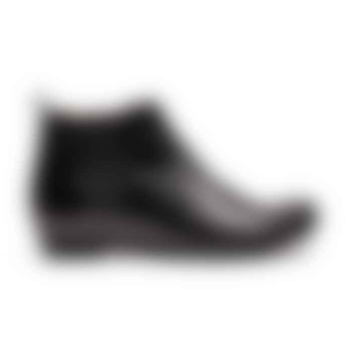 Tracey Neuls Black Leather George Chelsea Boot