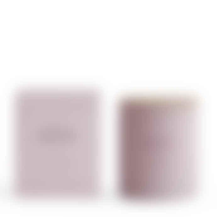 Skandinavisk  Bær (Berry) 190g Scented Candle