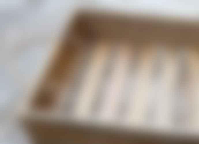 Kagu Interiors Para Mango Wood Tray