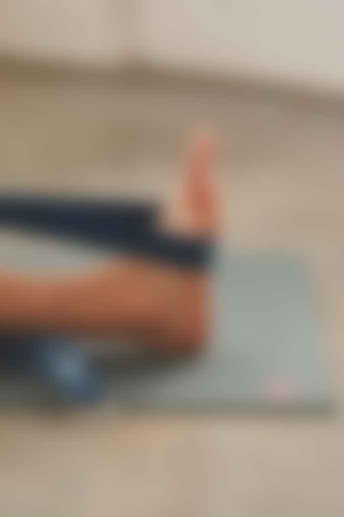 Manduka Alig N Yoga 8 Ft Midnight Strap