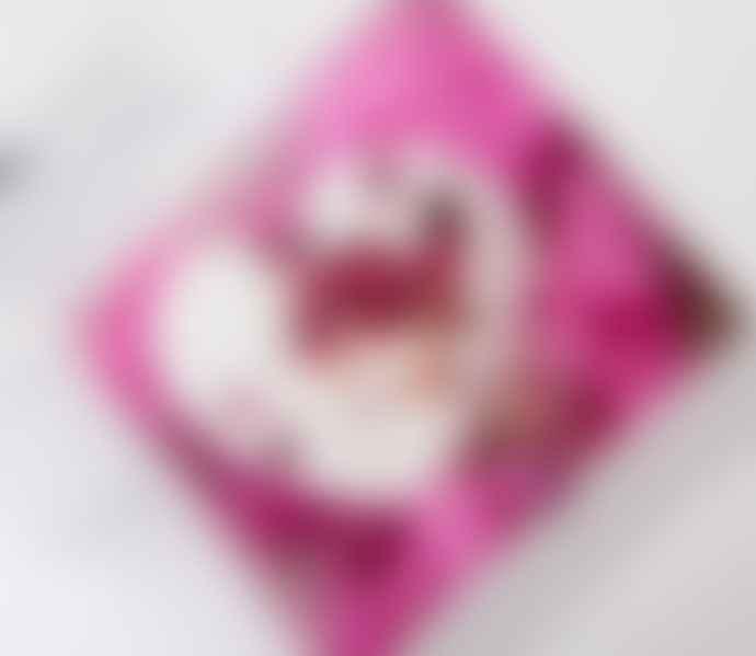Apothespa Geranium Rose Petal Large Heart Bath Bomb