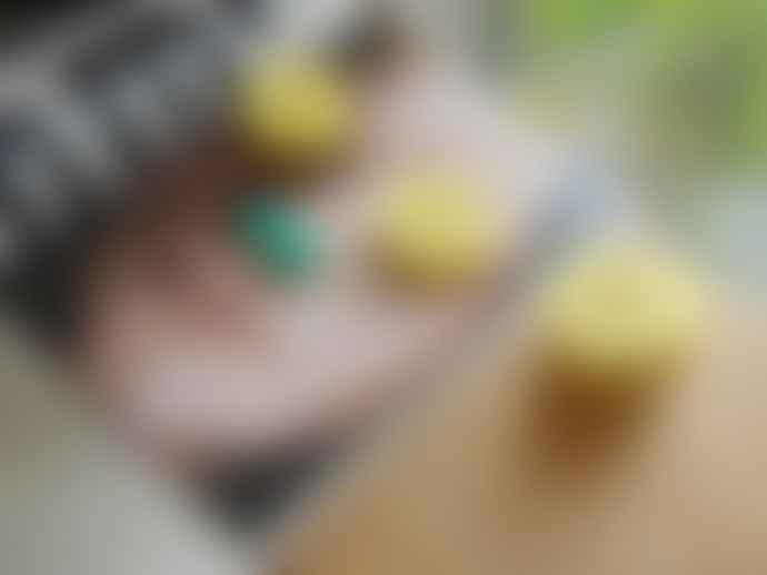 Kiko Yellow Aloha Pineapple Ring Puzzle
