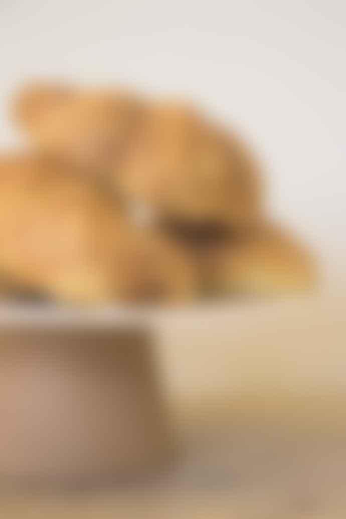 LIGA Cream Cake Plate