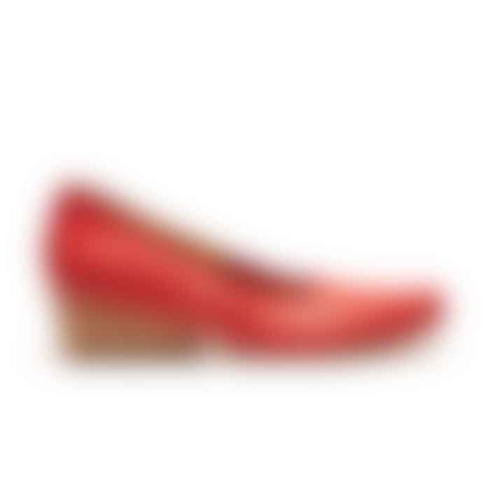 Tracey Neuls Online Izzy Red Slipon Shoes