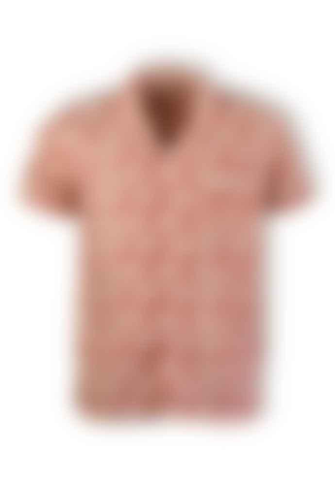 Far Afield Epik Red Selleck Short-Sleeved Linen Shirt